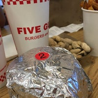 Photo taken at Five Guys by Maria del Pilar on 7/30/2016