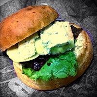Снимок сделан в The Burger пользователем Arkadiy O. 11/7/2013