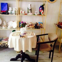 Photo taken at Zavida Coffee by Alena G. on 7/16/2014