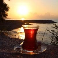 Photo prise au Tea House Cafe par Nilüfer le9/24/2015