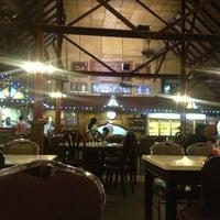 Photo taken at Restoran Man Tomyam by Kyeroll A. on 6/10/2013