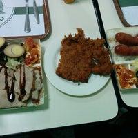 Photo taken at Dang Dee Fast Food by Celine Marie B. on 12/17/2014
