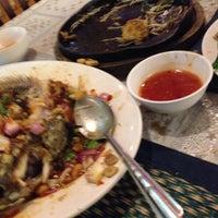 Photo taken at Rajawatee restaurant by honey l. on 2/17/2015