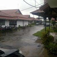 Photo taken at Kantor Bupati Ketapang by Rayhan T. on 12/4/2013