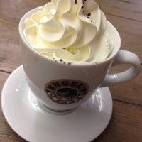 รูปภาพถ่ายที่ Engel's Coffee โดย Mylène P. เมื่อ 12/15/2013