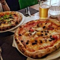 Photo prise au Daddy Greens Pizzabar par Stefano P. le11/8/2017