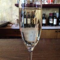 Photo taken at Kurant Wine Bar and Kitchen by Ashka on 4/21/2016