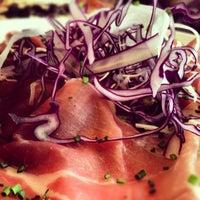 Photo prise au Café Seguin par Bertrand L. le10/17/2012