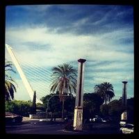 Foto tomada en Puente del Alamillo por Abdullah Y. el 10/23/2012