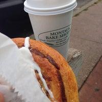 Снимок сделан в Montauk Bake Shoppe пользователем Mary I. 9/30/2013