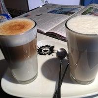 Das Foto wurde bei Kaffeepiraten von R J. am 11/23/2013 aufgenommen
