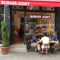 5/13/2013 tarihinde Barış C.ziyaretçi tarafından Burger Joint'de çekilen fotoğraf