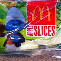 Foto tomada en McDonald's por Nondas S. el 9/3/2013