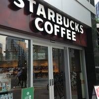 Photo taken at Starbucks by Masazumi O. on 7/13/2013