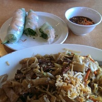 Photo taken at Noodle City by Samaneh S. on 9/25/2014