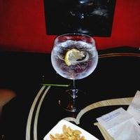 Photo taken at The Frank Tavern Irish Pub by Gort I. on 11/29/2013