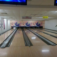 Photo taken at inci sitesi bowling salonu by Meltem E. on 4/3/2016