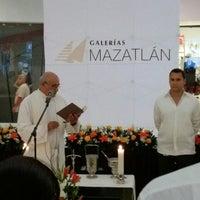 Foto tomada en Galerías Mazatlán por Oscar S. el 11/8/2013