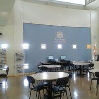 Foto tirada no(a) Biblioteca - PUC Minas por Andresa C. em 11/16/2013
