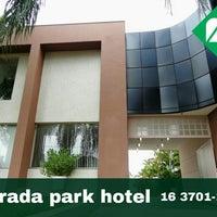 Foto tirada no(a) Morada Park Hotel por Fernando G. em 6/24/2016