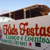 Photo taken at Kids Festas Espaço & Eventos by Kalyano L. on 8/23/2014