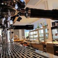 Das Foto wurde bei Café Dollabeck von Café Dollabeck am 11/2/2013 aufgenommen