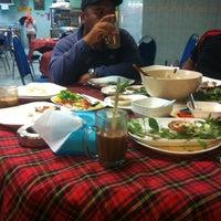 Photo taken at Restoran Redhza by Nasarudin M. on 3/20/2014
