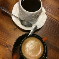 Photo taken at Toranj Café   كافه ترنج by Saeid N. on 9/29/2014