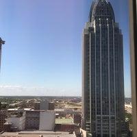 Photo taken at Hampton Inn & Suites Mobile Downtown by Gloria J R. on 4/21/2017