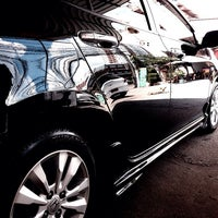 Photo taken at Super Clean Car Wash บริการล้างรถ by Sjest H. on 5/15/2014