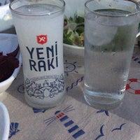Foto diambil di GözGöz Mangal oleh Saffet ÇOBAN pada 8/17/2018