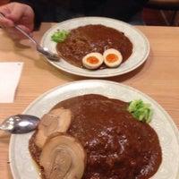 Photo taken at カレー道場 黒帯 by Meepok C. on 12/23/2013