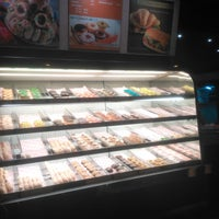 Photo taken at Dunkin' Donuts by Bayu D. on 1/14/2018
