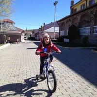Photo taken at Gecek Thermal Villaları by Mikail Ö. on 3/30/2014