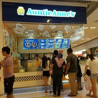 Photo taken at Auntie Anne's by Ariff A. on 12/26/2016