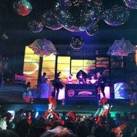 Снимок сделан в D'lux Night Club пользователем Oleg L. 10/27/2012