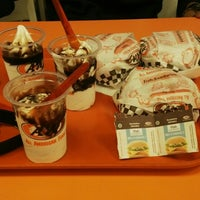 Photo taken at A&W by Khaerul F. on 1/27/2015