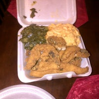 Photo taken at Gigi & Big R Caribbean Soul Food Cart by JustM3 on 1/31/2014
