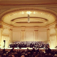 Foto tirada no(a) Carnegie Hall por May L. em 2/19/2013