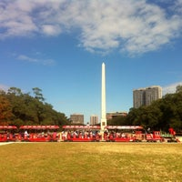 Photo taken at Hermann Fountain by 🌹Sun! on 11/28/2014