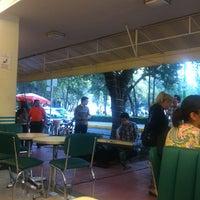 Foto tomada en Nevería Roxy por LEON U. el 11/10/2012