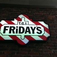Photo taken at T.G.I. Friday's by José Luis P. on 11/9/2013