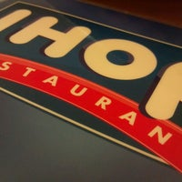 Photo taken at IHOP by Manny F. on 4/27/2013