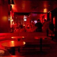Photo prise au Bar Rouge par Benjamin D. le9/7/2013
