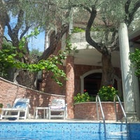 Photo taken at Villa Levantin by Veronique R. on 8/4/2015
