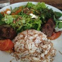 Foto tirada no(a) Saj Restaurante por Bruno O. em 1/7/2013