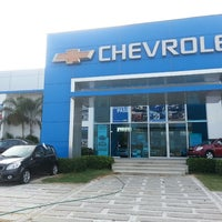 Photo taken at Autolitoral chevrolet by Oliver S. on 4/19/2013