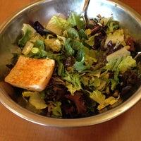 Das Foto wurde bei Salata von Tyler H. am 5/31/2014 aufgenommen