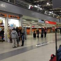 Foto diambil di Warsaw-Modlin Airport oleh Marco M. pada 12/10/2012