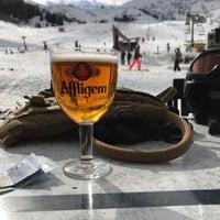 Photo taken at Les Alpages Du Corbier by Joeri H. on 2/21/2017